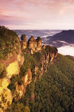 STONE SISTERS The Three Sisters rock formation abive the Jamison Valley, Echo Point, Katoomba, Blue Mountains, Australia (Photo: JJ Harrison).