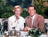 TEA FOR TWO Doris Day and Gordon MacRea in the 1950 film.