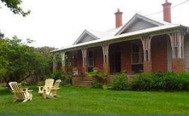 GREAT GARDEN BONES Glenray Park, Yetholme, a home yard with garden potential.